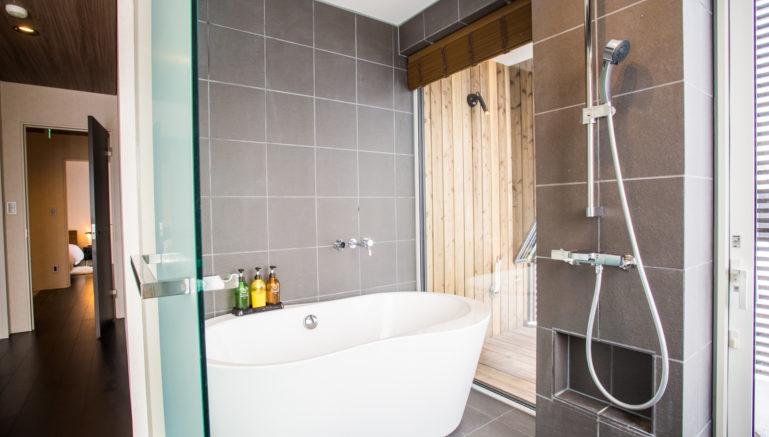 Js Den Jd01 Isaac Bathroom 1 6