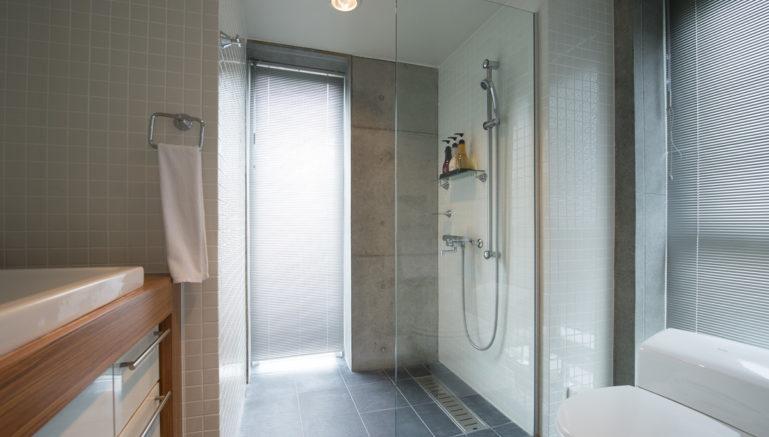 Konkuriito Q Konq Bathroom