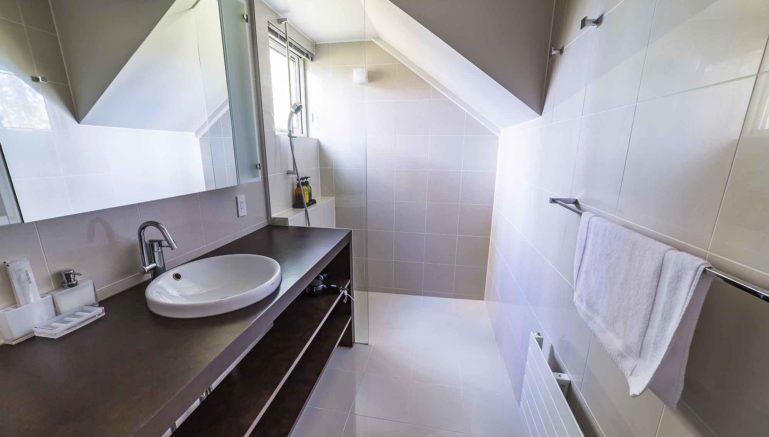 Mori  K  Mork  Konishi  House  Bathroom