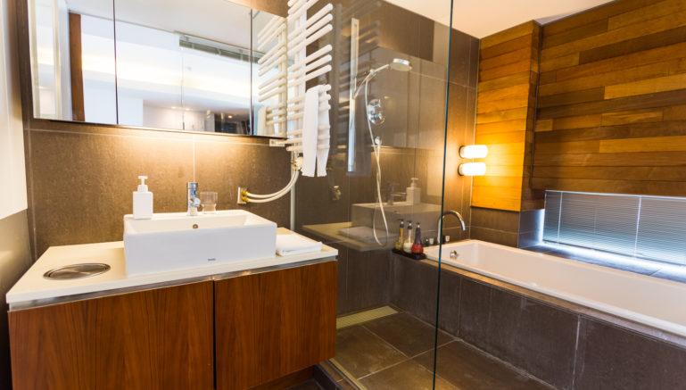 Sekka Kan Bathroom 8 01 18 18