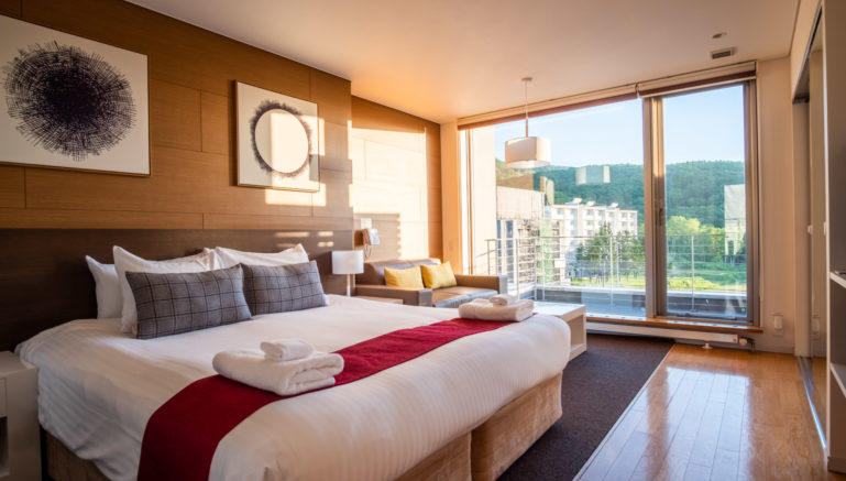 Yama Shizen East Penthouse Lr 6
