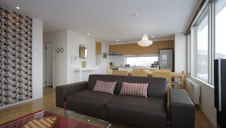 Yama Shizen Penthouse Living Dining