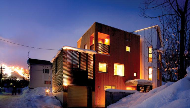 ezo-365-winter-exterior