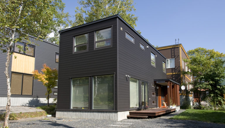 hirafu-house-02c-exterior-summer