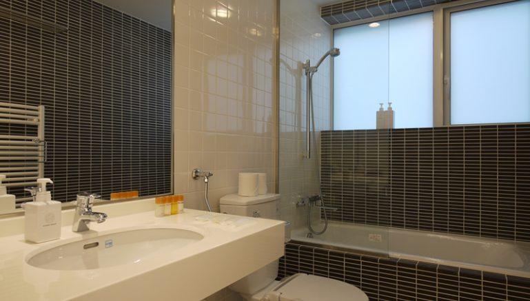 horizon-05a-bathroom-1-1