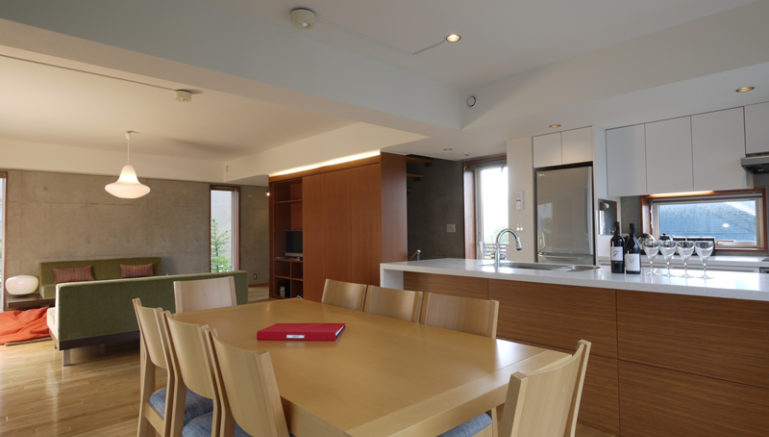konkuriito-g-living-room-1-1