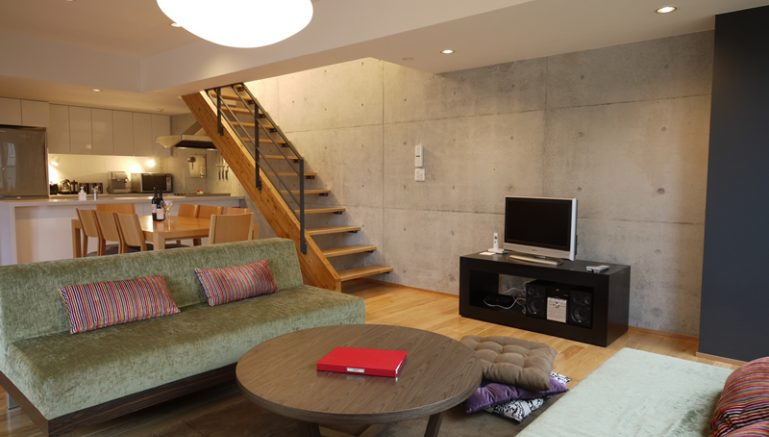 konkuriito-h-living-room-1-3