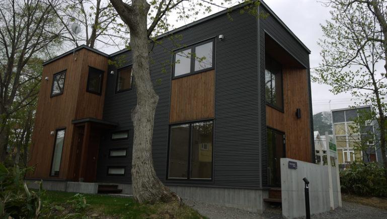 mori-houses-c-outside-1-1