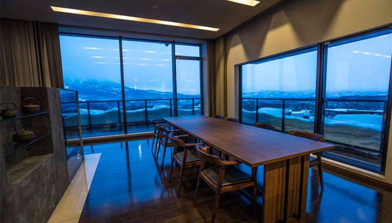 nozomi-views-pent-dining