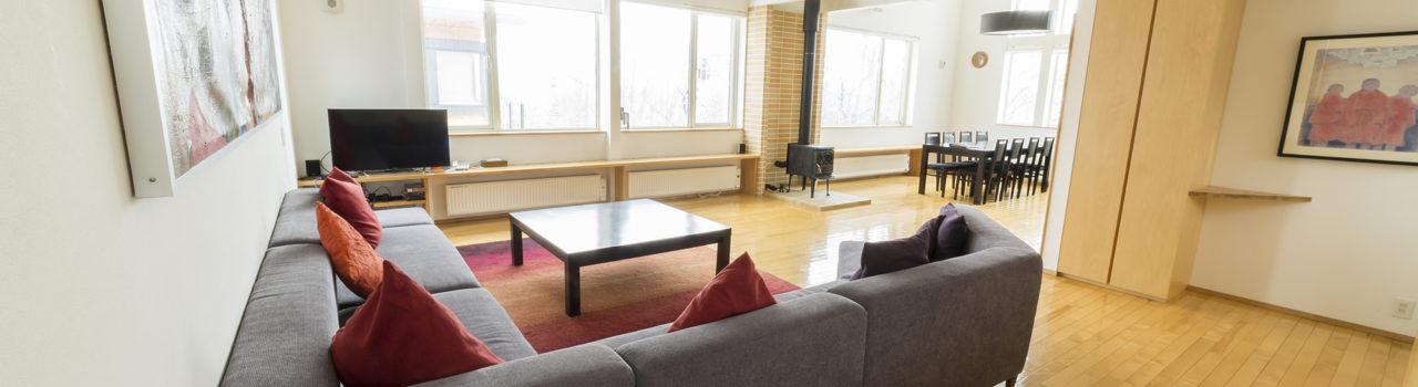 J  House  Jh  Living  Room  Winter2