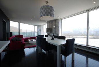 kira-kira-601-living-room-1-3
