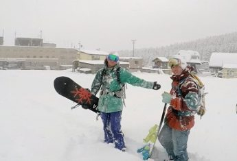 niseko-snowboarders-2014-11-15 ctop