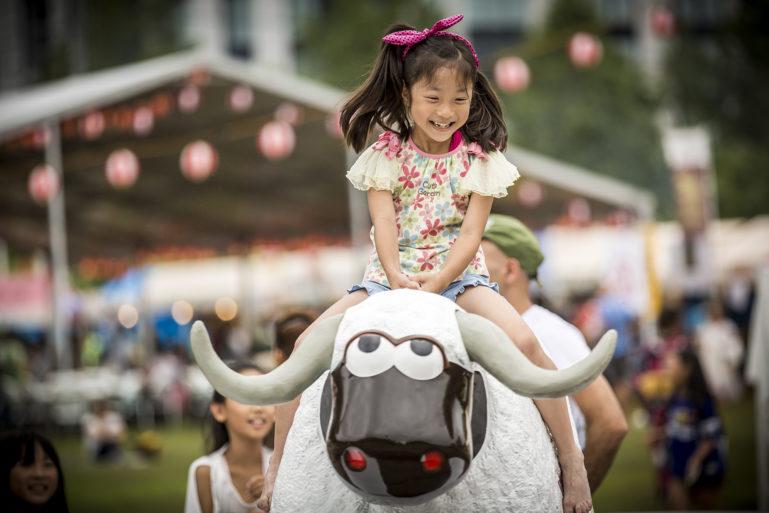 Hidde Hagemen Hirafu Matsuri 2016 Child Riding Ki Rodeo