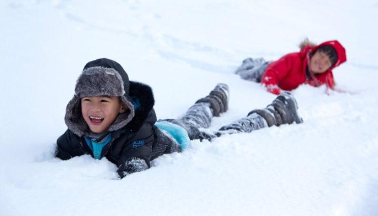 kids-in-snow