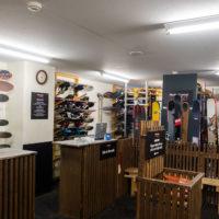 お客様のボード、スキー、ブーツを安全に保管するための十分なスペースがあります