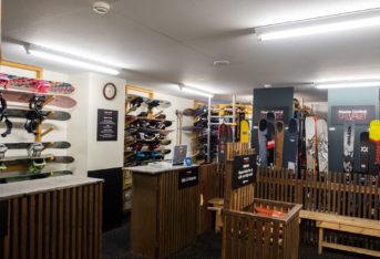 Niseko Central Ski Valet Lr 38